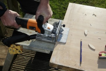 Roger Bisby Takes the Biscuit With Triton's Biscuit Jointer
