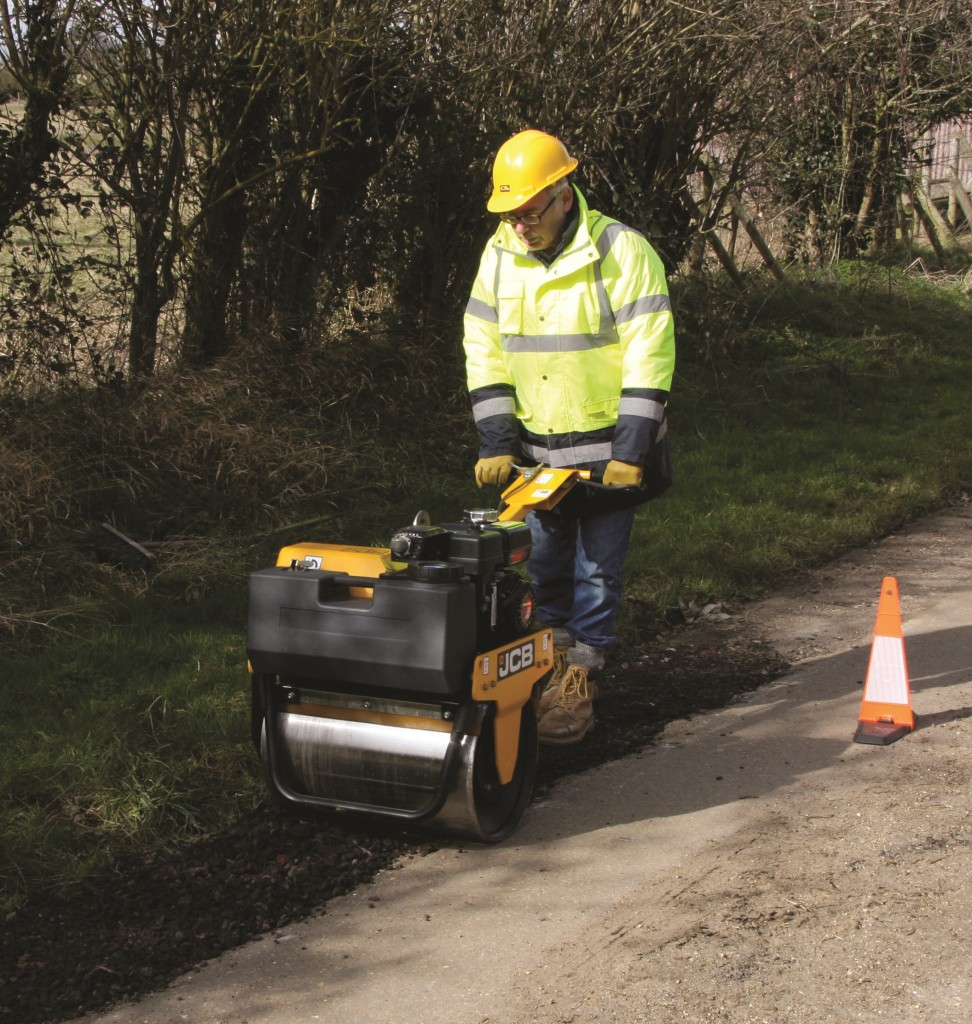 Designed to 'wheel away inefficiency' the MUV Electric Wheelbarrow allowed Nick Johnson to move and tip 400kg loads without undue physical effort.