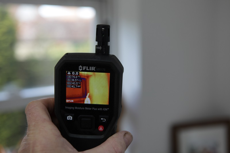 Roger Bisby Has a Good Look at Flir's Thermal Imaging Cameras