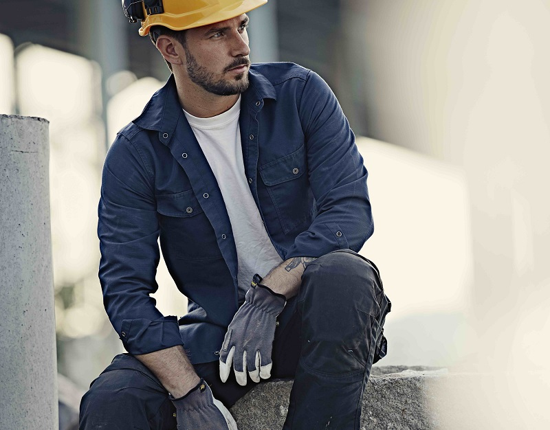 Professional Builder Live! Cool Down this Summer with Snickers Workwear