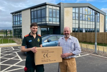 Builders donate face masks to Wiltshire Air Ambulance