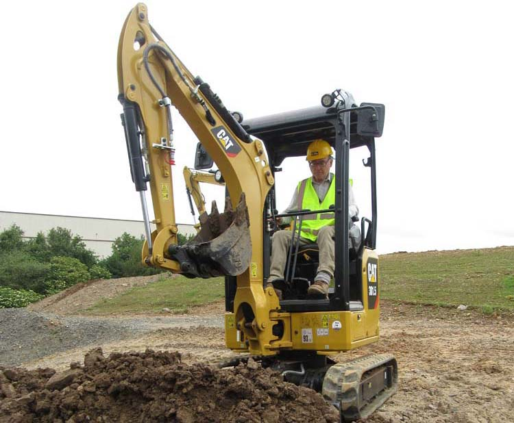 CPN 07-2019 Cat Compacts P05