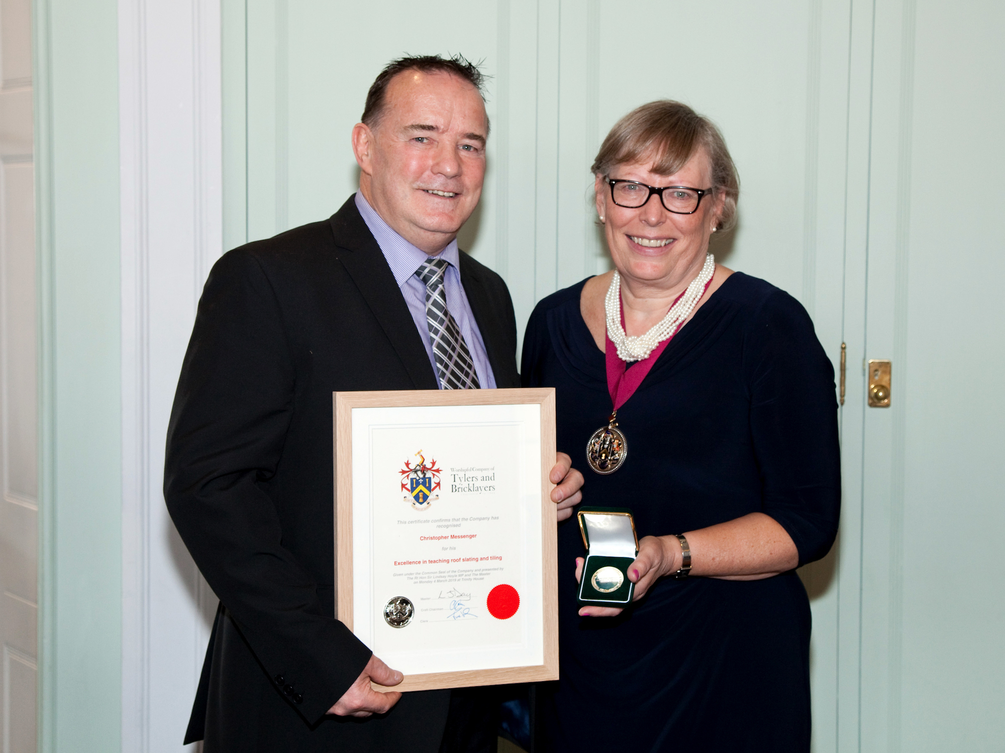 Teaching award for Leeds roofing tutor