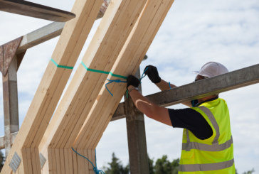 Safe handling of roof trusses