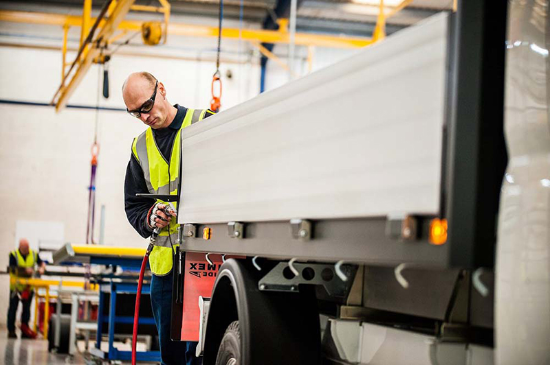 How Ingimex creates Volkswagen's tippers and dropside vans