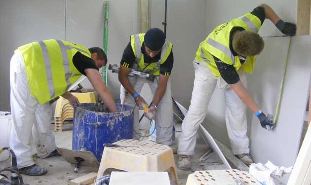 UK Tradespeople Reported to be a Happy Bunch