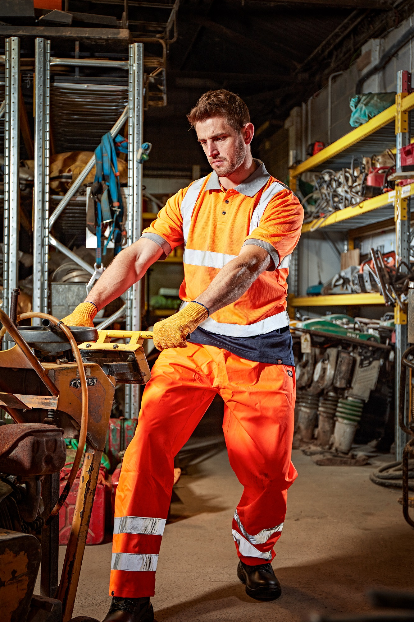 Top tips for choosing summer workwear
