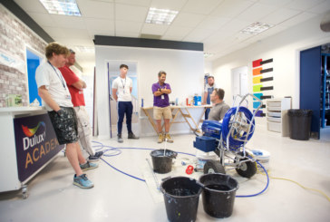 Advanced spray application with the Dulux Academy