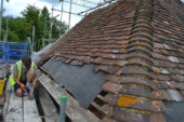 Repairing a traditional Kent peg tile roof