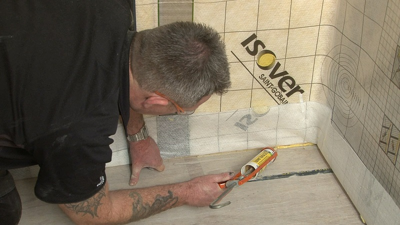 Installing Vario XtraSafe: A Moisture Management System
