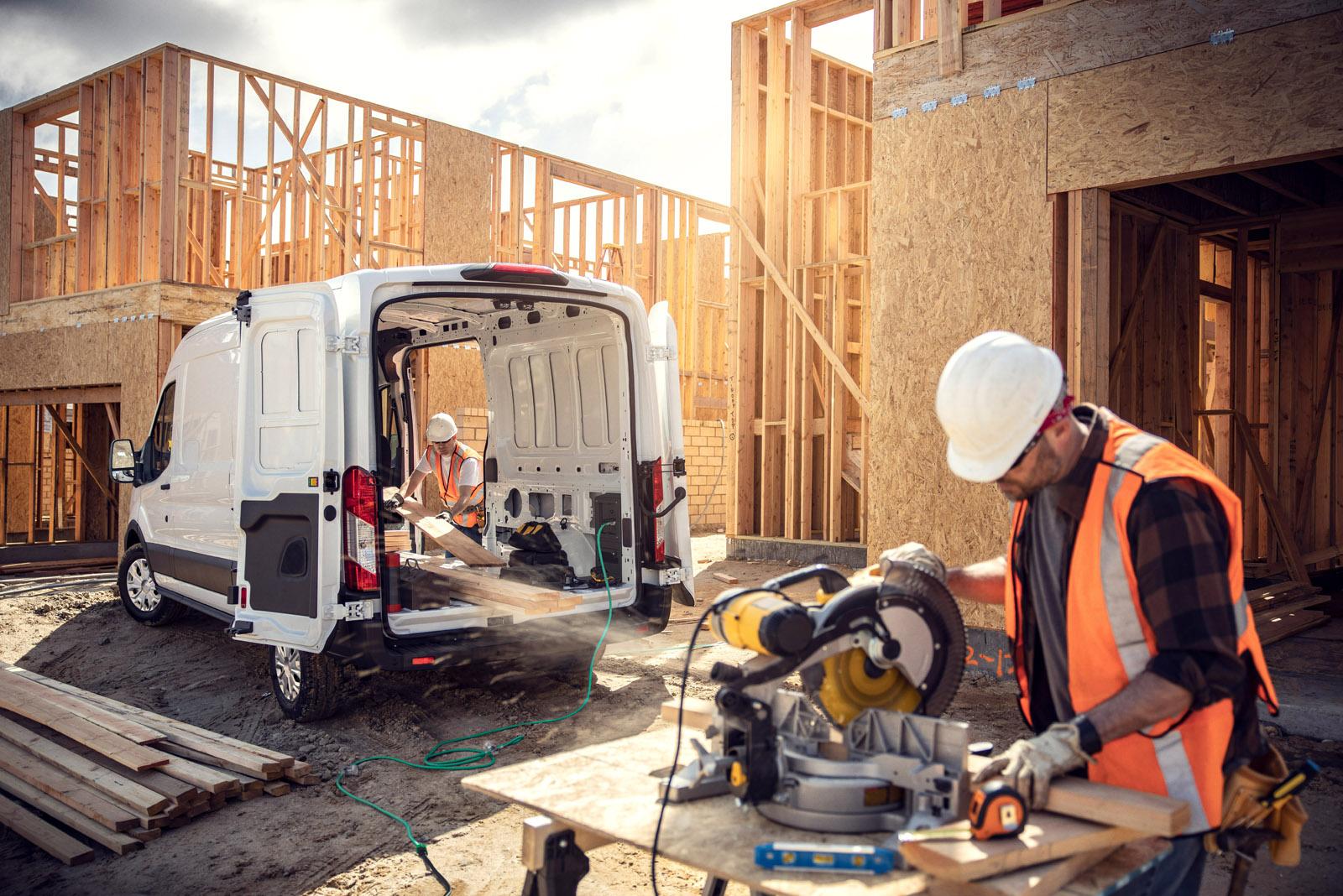 Builders' vehicles – July/August 2021