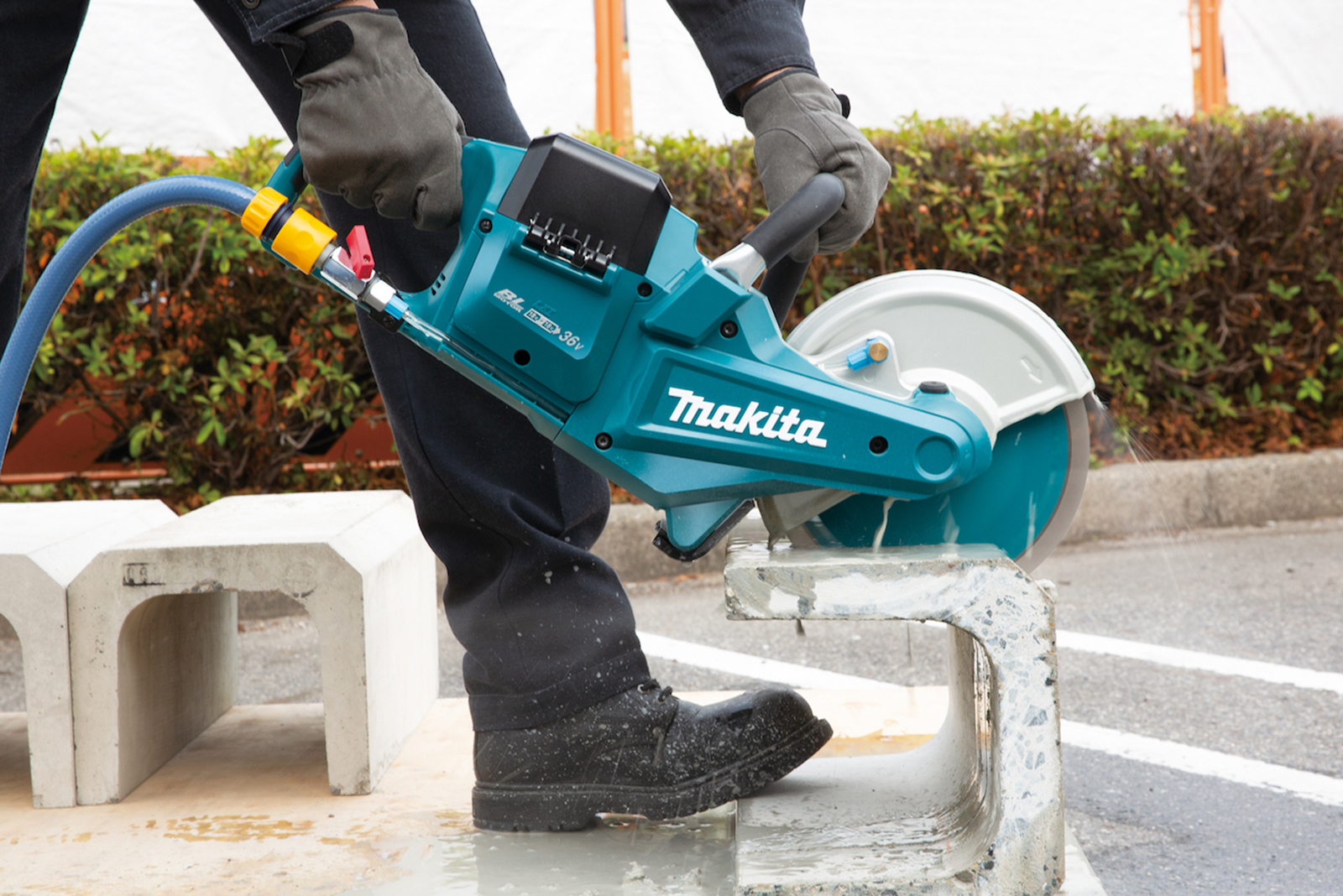 Makita's core products every roofer should have