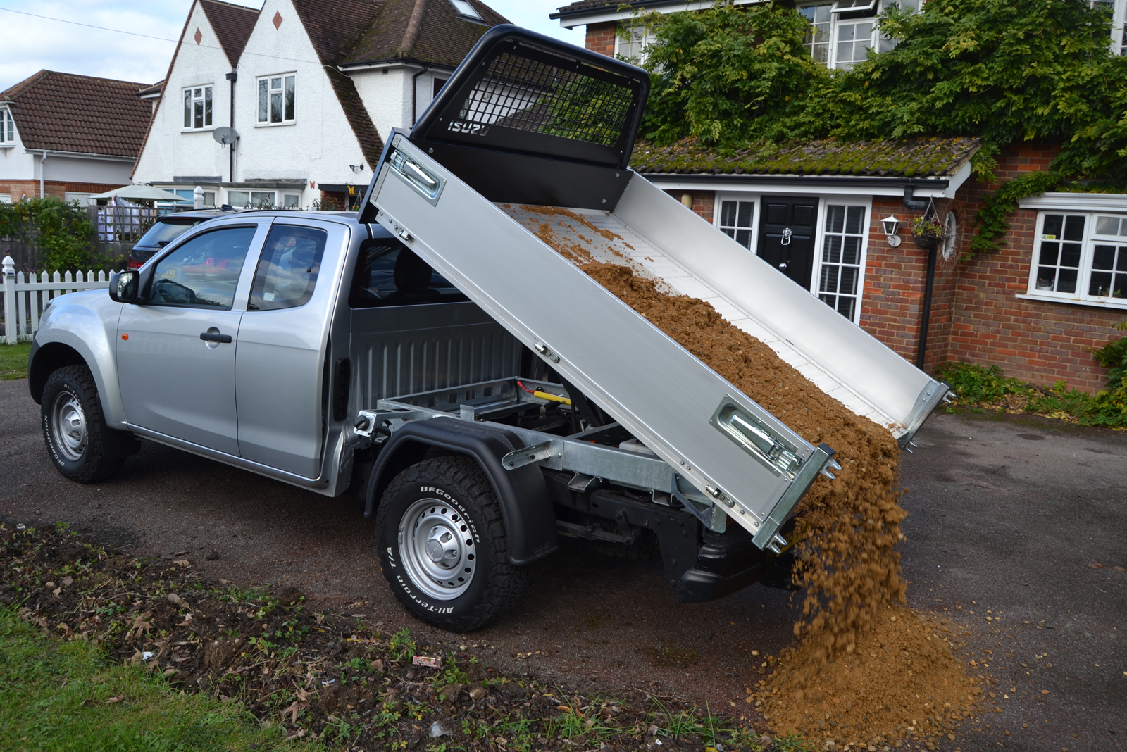 Isuzu's tipper truck alternative