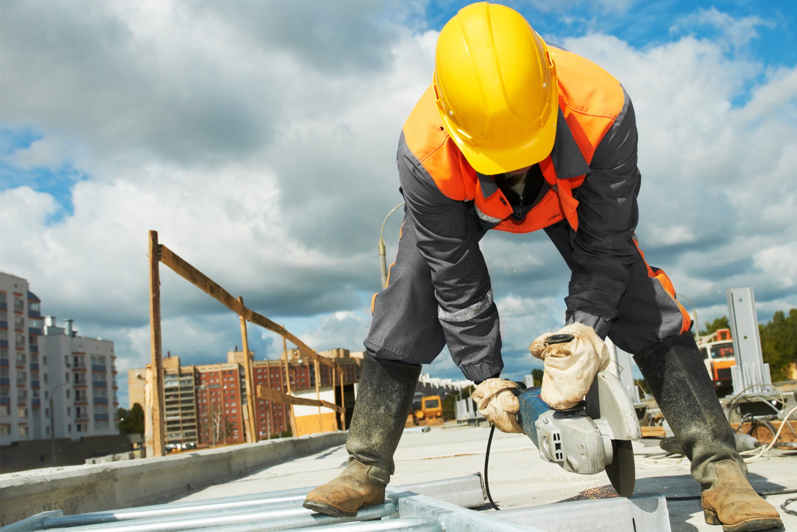 5 types of insurance a small builder needs