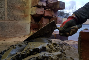 Tibby Singh gets to grips with a Faithfull Bar Clamp and Brick Trowel